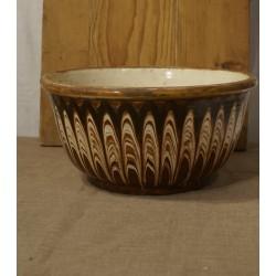 Gammelt lertøj, stor skål, h: 14,5 x Ø: 28 cm.