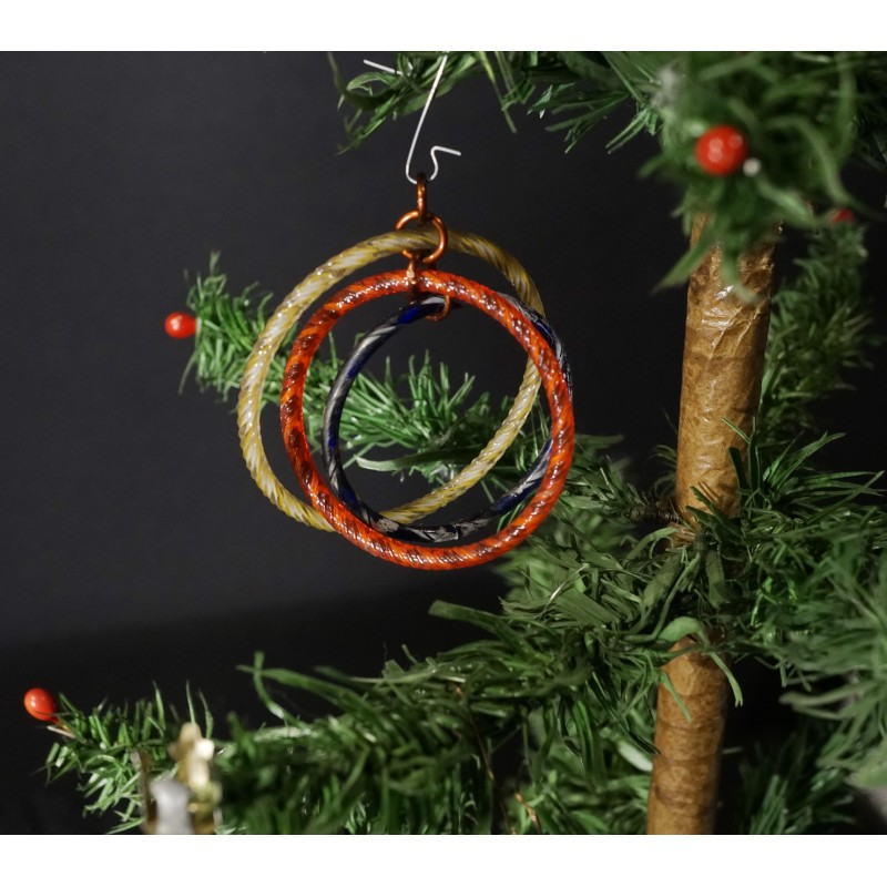 Old Art Deco ornament from 1930, glass rings, h: 6,5 - 6 cm.