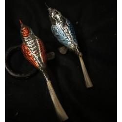 Gammelt glaspynt, fugle med flot rygmønster, l: 13 - 14,5 cm.