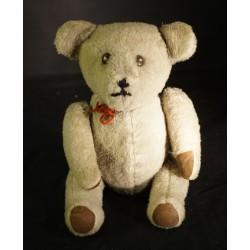 Old Teddy, h: 38 cm.