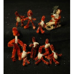 Old pipe cleaner elves, h:...